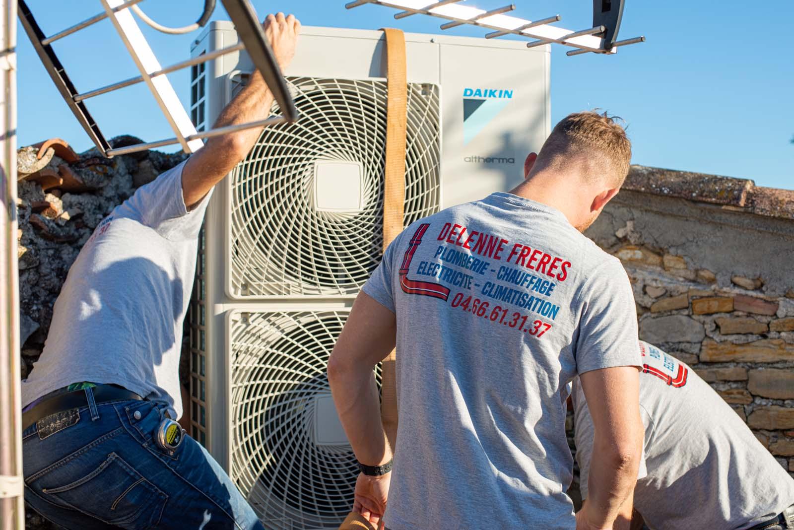 Une équipe de professionnels pour l'installation de votre système de climatisation